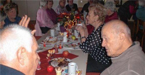 Nikolausfeier stimmte die Senioren froh