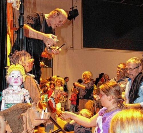 Das Klick-Klack-Theater bleibt dem Waldkraiburger Publikum erhalten. Mindestens zehn Vorstellungen sind in der nächsten Saison geplant. Foto  Archiv/kla