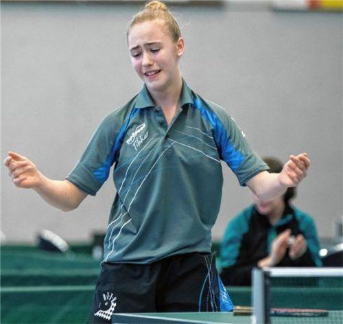 Frust: Naomi Pranjkovic haderte mit dem Aus im Viertelfinale, tröstete sich aber mit Gold im Doppel.Fotos Steinbrenner