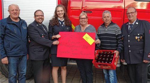 Radlflohmarkt bringt 1000 Euro für die Feuerwehr ein