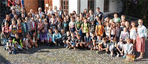 Begeistert waren die jungen Mittelschüler und ihre Lehrer aus dem Zillertal von der kindgerechten Führung durch die Ausstellung im Inn-Museum.Foto Trux