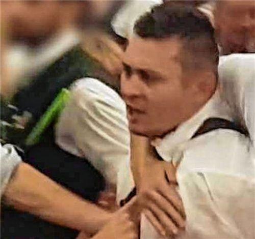 Dieser Mann soll am letzten Herbstfestfreitag einen Masskrug geworfen haben. Foto Polizei