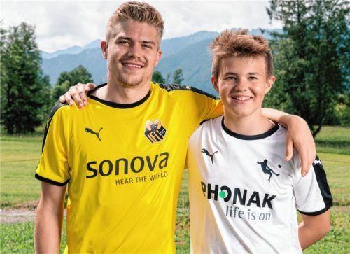 Der Vogtareuther Christoph Hofstetter und Camp-Leiter Simon Ollert – beide leben seit jungen Jahren mit ihrem Handicap, lassen sich davon aber nicht beeindrucken.