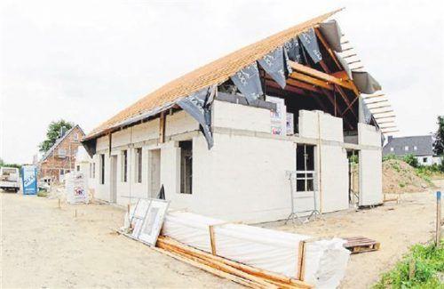 Bauherren sollten einen Fertigstellungstermin vereinbaren. Foto Dpa/Scholz