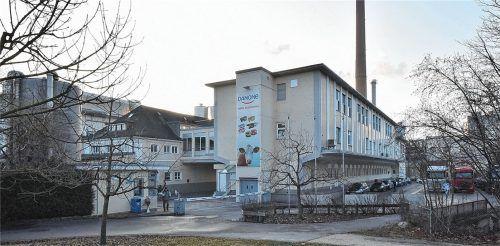 Das Danone-Werk in Rosenheim könnte bald Schauplatz eines Arbeitskampfes sein. Die Mitarbeiter drohen mit Streik.Foto schlecker