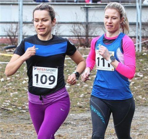 Doppel-Triumph bei den Frauen für den PTSV Rosenheim: Agnieszka Glomb siegte im Gesamtfeld vor Amelie Hofbauer.