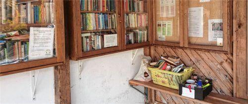Nur für Bücher und nicht etwa für Abfälle oder Flohmarktartikel ist die Bücherkiste am Waaghäusl gedacht. Foto  Wolf