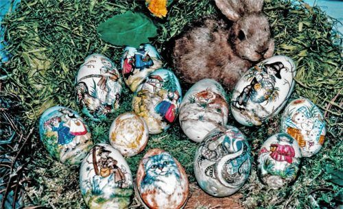 Warum ein Hase die Ostereier legt, fragen sich die Kinder, wenn sie am Ostermorgen auf die Suche gehen. Fotos RE