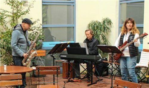"""Das """"Trio Tonale"""" begleitete den Frühschoppen musikalisch."""
