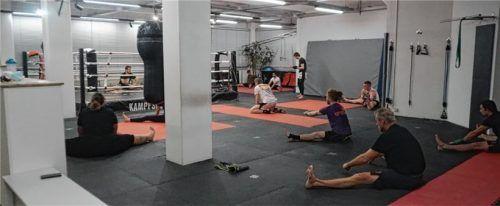 Training auf Abstand: Einige Mitglieder waren dem Aufruf der Kornhass-Studiobetreiber am Montag, 11. Januar, gefolgt. Fotos bretz