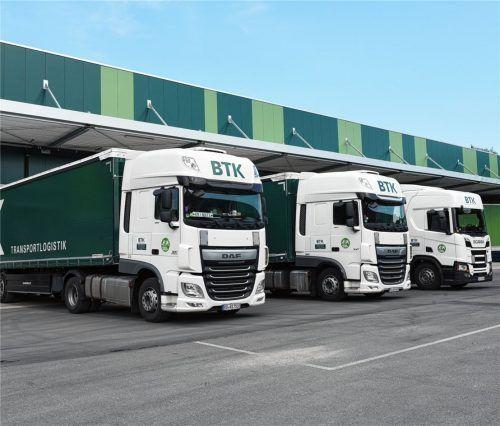 Bereit zum Transport: Mit 158 Lkws beliefert die Befrachtungs- und Transportkontor GmbH die Region.Fotos BTK
