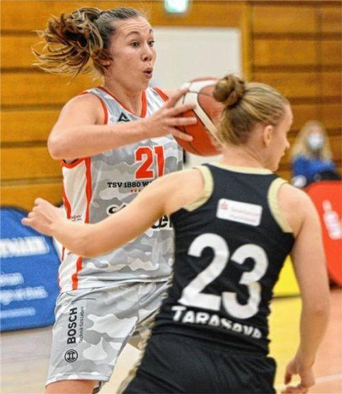 Bestritt vorerst ihr letztes Heimspiel für Wasserburtgs Basketball-Damen: Svenja Brunckhorst, die im Wettbewerb 3x3 zu den Olympischen Spielen will. Foto Hörndl
