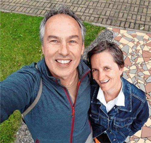 Bettina und Bernhard Beary aus Übersee folgen seit Jahren dem Aufruf des LBV. Foto RE