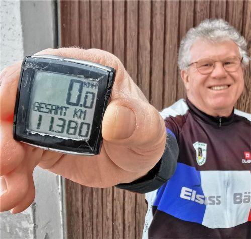 Der Beweis: 11380 Kilometer, eine Distanz von München bis Buenos Aires, legte Max Huber im vergangenen Jahr zurück. Fotos Enzinger