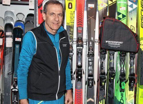 Eigentlich wollte Udo Siebzehnrübl am 11. Januar seine Sportfilialen trotz Lockdowns wieder öffnen. Weil das Vorhaben aber Menschen aus der rechten Szene angelockt hätte, hat er nun einen Rückzieher gemacht. Foto  Hadersbeck