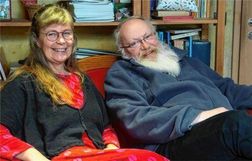 Spannender Rückblick auf gemeinsame Arbeit: Christine und Karl-Friedrich Wackerbarth wirken seit zwei Jahrzehnten in Prien als evangelische Seelsorger.