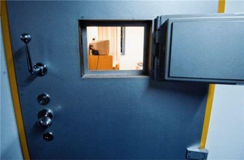 Um einer Haftstrafe zu entgehen, war ein 27-Jähriger nach einem Urteil durch das Amtsgericht Rosenheim in Berufung gegangen. Doch die Argumente des gebürtigen Rosenheimers sowie dessen Anwalt konnten das Gericht nicht überzeugen. Foto dpa