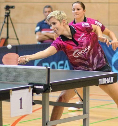 Vor zwei Jahren spielten Kristin Lang (im Vordergrund) und Sabine Winter noch in einer Mannschaft. Am Sonntag sind sie vermutlich Gegnerinnen. Foto  Erlich