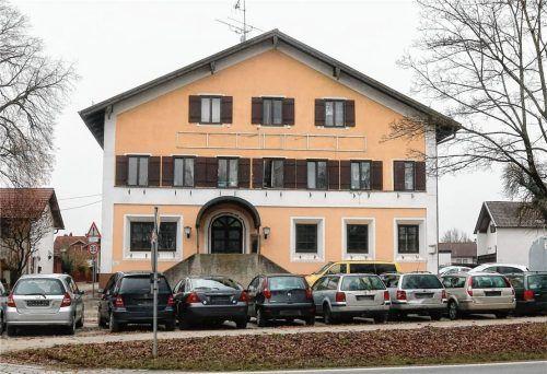 """Das Hotel """"Gasthof zur Post"""" gibt es seit Jahren nicht mehr. Mittlerweile sind dort 25 Zimmer vermietet, die ein bis zwei Personen beherbergen. Foto Riediger"""