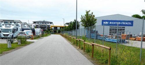 50 Verbundstangen haben die Bauhofmitarbeiter jetzt angebracht. Foto Riediger