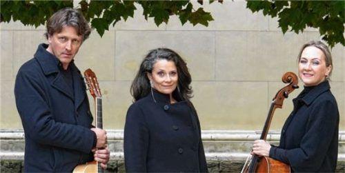 Alex Czinke, Sophie Wegener und Anna Rehker (von links) kommen in den Musikpavillon nach Bernau. Foto Privat