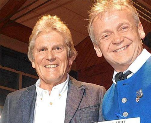 Georg Scherer hatte 1990 den Musikverein aus der Taufe gehoben. Mit musikalischem Leiter Rupert Schmidhuber (rechts) blickt er auf eine 31-jährige Geschichte zurück.