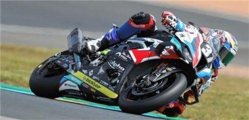 Gut in Fahrt wollen sich Markus Reiterberger und das BMW-Langstrecken-Team präsentieren. Foto BMW Motorrad Motorsport