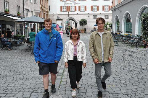 Haben in den vergangenen Monaten an zahlreichen Projekten gearbeitet: (von links) Julian Martin, Carina Lützenburger und Samuel Schepers. Foto Schlecker