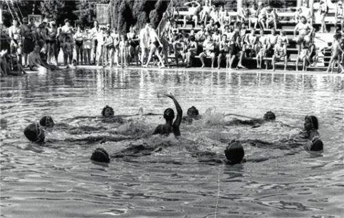 In der Vergangenheit war das Waldbad immer wieder Wettkampfstätte. Foto Stadtarchiv Waldkraiburg