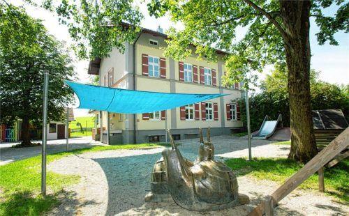 Auch der Kindergarten im Ortsteil Hittenkirchen soll künftig mit Luftreinigern versorgt werden.Foto  Berger