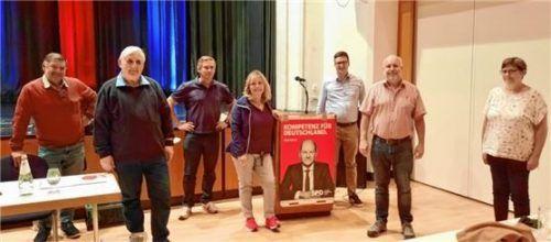 Die neue Vorstandschaft der SPD Kolbermoor mit Stefan Derk an der Spitze (rechts). Foto re