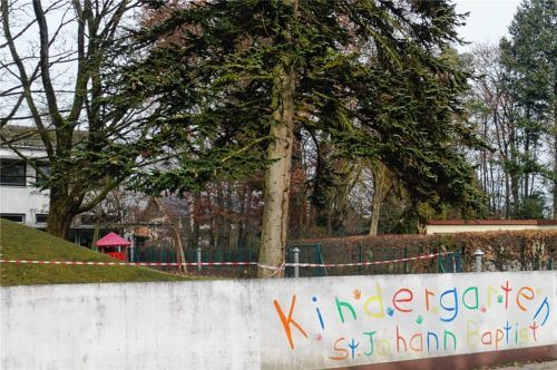 Hat keine Zukunft: Der Kindergarten St. Johannes Baptist ist baufällig. Foto  becker