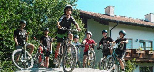 In Reichertsheim gibt es bereits einen Pumptrack. Die Resonanz bei der Jugend ist offensichtlich da. Foto  Günster