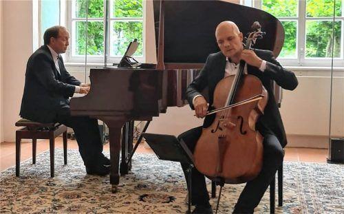 Cellist Eckart Runge und Pianist Jacques Ammon stellten der Musik Beethovens Jazz und Rock gegenüber. Foto Giesen
