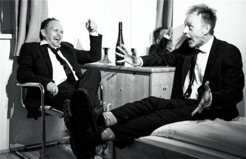 Das Kabarett-Duo aus Österreich: Robert Blöchl (links) und Roland Penzinger spielen im Haberkasten. Foto  Reiter