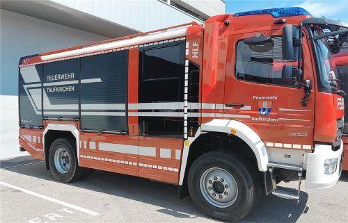 Das nagelneue Hilfeleistungslöschfahrzeug HLF 10 wird ab Herbst im Einsatz sein und trägt den Namen Florian Taufkirchen 42/1. Fotos FF Taufkirchen
