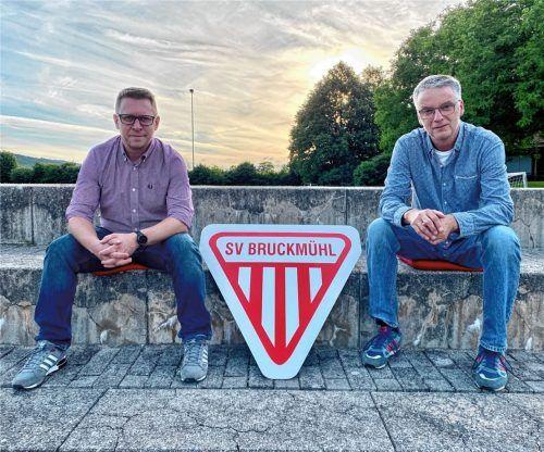 Das neue Führungs-Duo des SV Bruckmühl – Hannes Dörnberger (links) und Bernhard Gleißner – will Tradition bewahren und Neues gestalten. Foto  Neuwirth