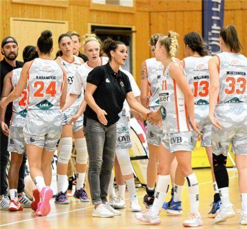 Das neuformierte Wasserburger Basketball-Team bestreitet sein erstes Punktspiel in der neuen Saison vor heimischer Kulisse.Foto Gabi Hörndl