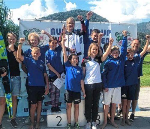 Das Team des WSC Kiefersfelden, links Jana Wittenbrock, überzeugte beim Auer-Bräu-Cup.Foto WSC