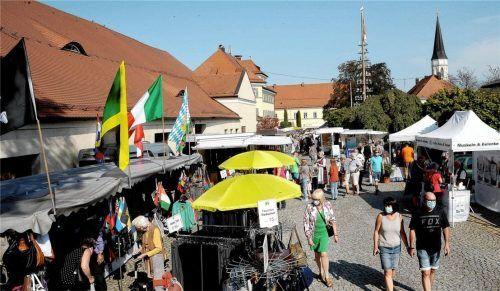 """Der Herbstmarkt im vergangenen Jahr war gut besucht, trotz Pandemie. """"Haag aktiv""""- Chef Thomas Sax will den Erfolg in diesem Jahr wiederholen. Fotos Bauer"""