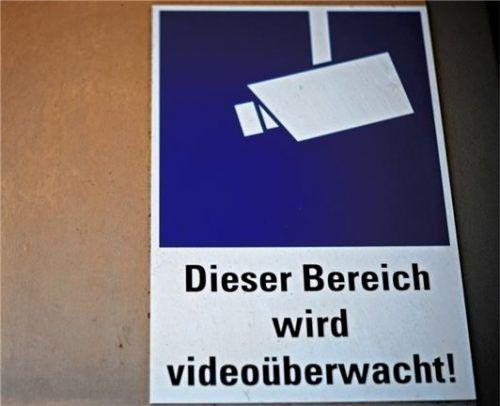 Die Stadt bereitet die Installation einer Videoüberwachung in der Tiefgarage im Zentrum vor. Die datenschutzrechtliche Prüfung läuft nach Angaben aus dem Rathaus.Fotos  Grundner/DpA