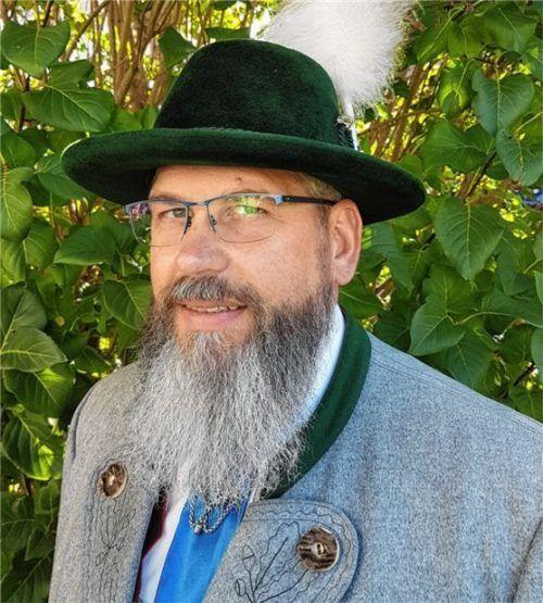 """Michael Beutl (43) ist der neue Vorsitzende des Trachtenvereins """"d'Mangfalltaler"""" Kolbermoor. Foto re"""