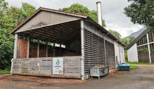 Neben dem alten Biomasseheizwerk soll nun das neue Heizwerk geplant werden.Foto Peter