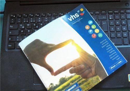Regional digital: Die VHS Wasserburg setzt vermehrt auf Erwachsenenbildung in Hybrid-Form.Foto Weithofer