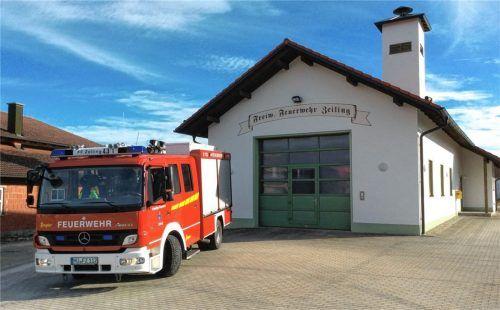 Wann immer das Feuerwehrgerätehaus umgebaut oder saniert werden musste, haben die Mitglieder tatkräftig mitangepackt. Fotos  FF Zeiling