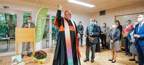 """Als """"Leuchtturmprojekt für eine zukunftsorientierte Bildung und Pädagogik"""" bezeichnete Kardinal Reinhard Marx bei der Einweihung die neue """"KinderGärtnerei"""" St. Oswald auf dem Gelände des Campus St. Michael. Foto Effner"""