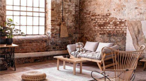 Besonders typisch für das Wohnen im Wabi-Sabi-Stil sind Naturmaterialien wie Ton, Holz, Wolle, Leinen oder Bambus. Foto Katarzyna Białasiewicz/123rf.com/GEV