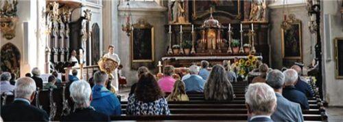 Der neue Pastoralassistent Christian Zeug während des Einführungsgottesdienstes in St. Nikolaus.Foto RE