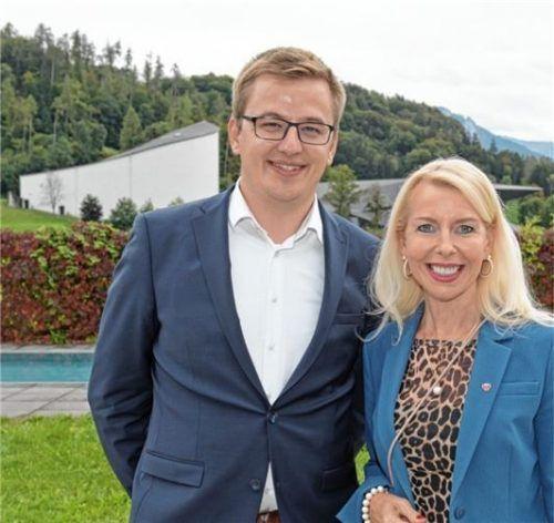 Einstimmig gewählt wurden der neue Präsident Christoph Schneider und die Vizepräsidentin Barbara Schwaighofer. Foto Osterauer
