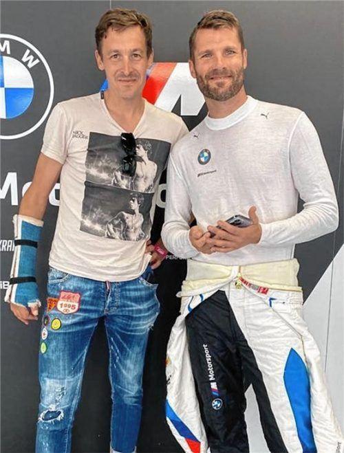 Radprofi Marcus Burghardt (links) schaute dem früheren DTM-Champion Martin Tomczyk bei dessen Rennen in Barcelona über die Schulter und war beeindruckt.Foto privat
